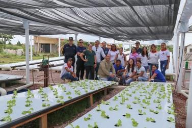 UHE Jirau entrega horta de cultivo hidropônico para o Colégio Tiradentes