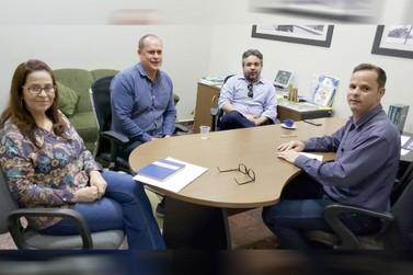 Escola do Legislativo discute parceria com Universidade Federal