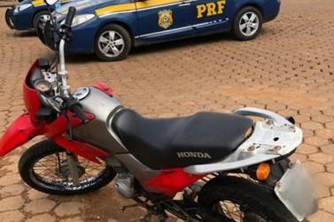 Jovem com moto adulterada é preso pela PRF