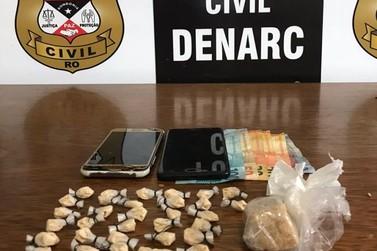Mãe e filho são presos em flagrante por tráfico de drogas em Porto Velho