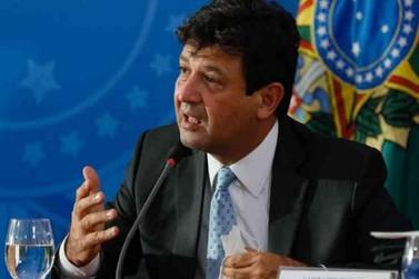 Ministro Mandetta sobre quarentena: ''Não é hora de carreatas''