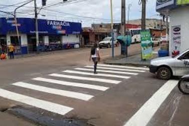 Ruas do bairro Esperança da Comunidade recebem sinalização