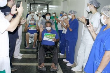 Número de curados da covid-19 passa de 35 mil, estabilizando taxa de transmissão