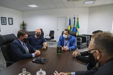 Alex Redano recebe secretários do Governo e reafirma apoio ao setor produtivo