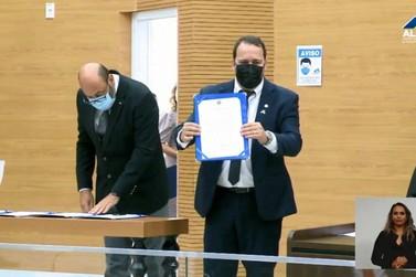 Deputado Alex Redano é empossado presidente da Assembleia Legislativa de RO