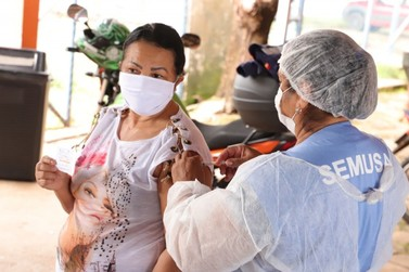 Profissionais de saúde de Porto Velho começam receber 2ª dose da CoronaVac