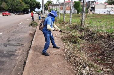Prefeitura realiza mutirão de limpeza na BR-364 e no Conjunto Santo Antônio