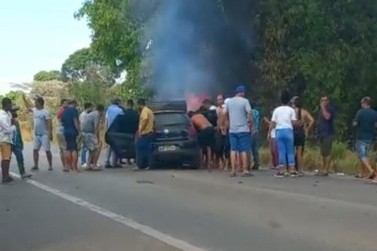 Uma pessoa morre e outras três ficaram feridas em grave acidente na BR-364