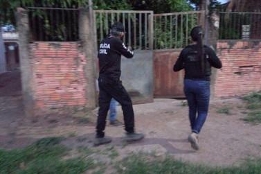 Polícia prende suspeitos do homicídio de mulher morta ao defender marido e bebê