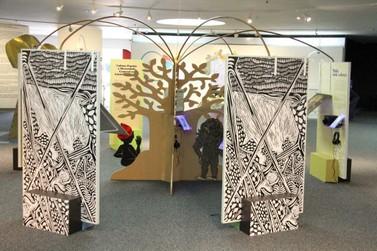 Centro de Eventos de Pariquera recebe exposição inclusiva aberta ao público