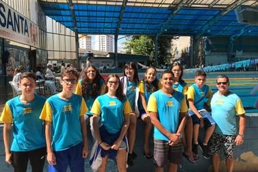 Natação de Registro faz bonito no Torneio Regional em Santos