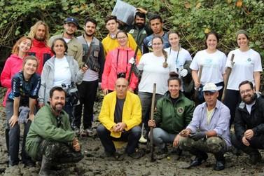 Unesp Registro faz levantamento para controle de ostras Saccostrea no Litoral