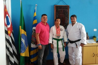"Aluno do Projeto ""Judô Anjos do Futuro"" de Sete Barras conquista vice-campeonato"