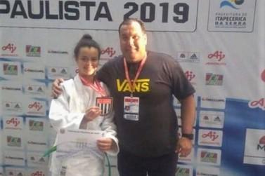 Judoca Milenna Alves Vieira comemora terceira colocação no Paulista de Judô