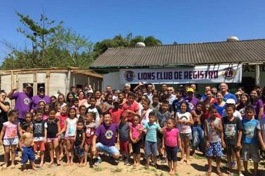 Muita diversão e guloseimas no Dia das Crianças, no bairro da Raposa