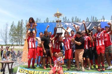 Time Schalk ganha Municipal Amador de Futebol de Ilha Comprida