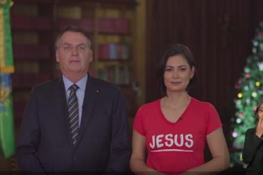 Bolsonaro faz balanço controverso do 1º ano de governo