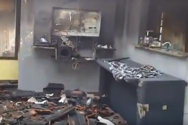 Campanha busca arrecadar donativos para atingidos por incêndio em Registro
