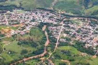 Prefeito recua e pagará salários e 13º a servidores municipais de Barra do Turvo