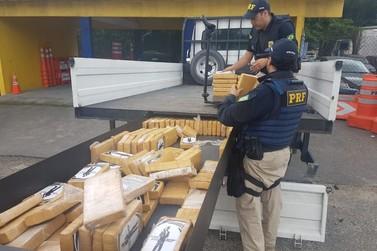 PRF apreende caminhão com 150 tabletes de cocaína equivalente a R$ 3,1 milhões
