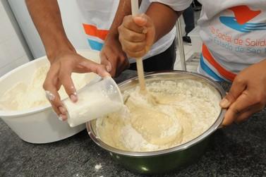 Cajati oferece cursos gratuitos de padaria artesanal, manicure, corte e costura