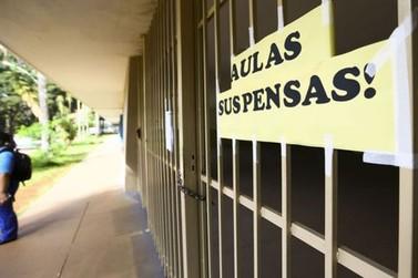Governo de SP suspende aulas em escolas estaduais a partir desta segunda, 16