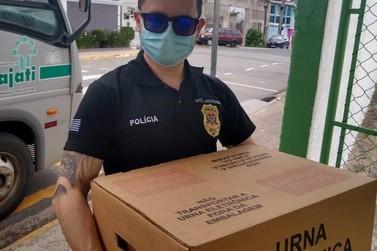 Polícia Civil participa da distribuição de urnas eleitorais no Vale do Ribeira