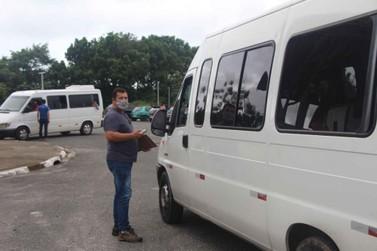 Fiscalização em transporte de turismo de um dia é intensificado na Ilha Comprida