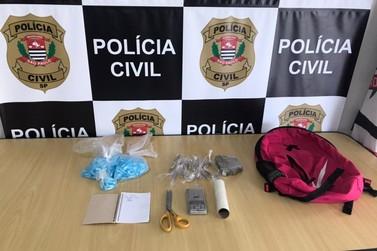 Polícia Civil apreende adolescente comercializando drogas em Registro