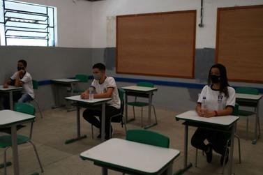 """""""Brasil não pode continuar com escolas fechadas"""", diz ministro da Educação"""