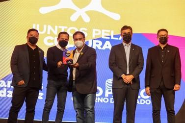 Registro recebe troféu do Programa Juntos pela Cultura 2021