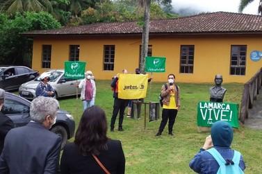 Busto em homenagem a Carlos Lamarca é reerguido em Cajati