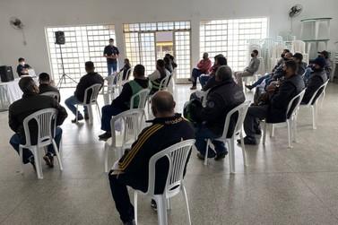 Prefeitura de Registro e SEST SENAT realizam palestra destinada aos mototaxistas