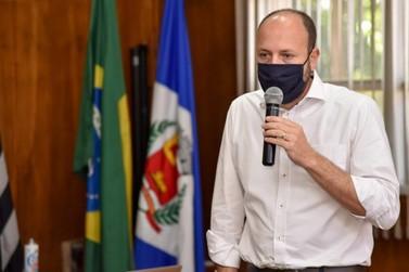 Prefeito Gustavo Perissinotto é eleito na Associação Brasileira de Municípios