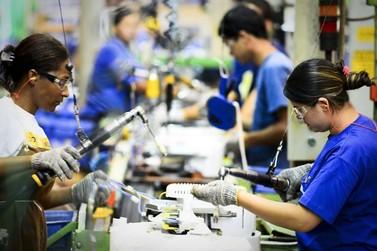 Confiança do empresário industrial cai pelo quarto mês consecutivo