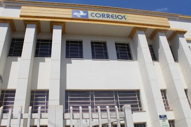Governo publica decreto de privatização dos Correios