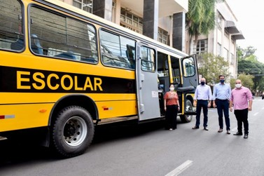 Rio Claro recebe ônibus para estudantes da região rural