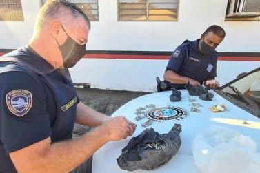 GCM de Limeira localiza 320 pinos de cocaína