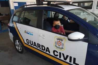 Fã da GCM, criança visita Instalações da Corporação em Rio Claro