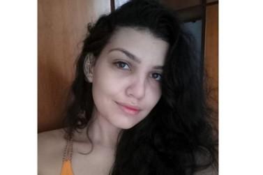 Jovem que estava desaparecida presta queixa e diz que era torturada pelos pais