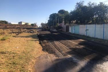 Prefeitura faz novas melhorias em via do bairro Wenzel