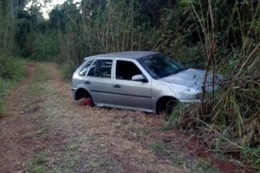 Veículo abandonado próximo ao São Miguel é recolhido pela GAM, em Rio Claro