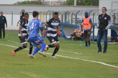 Com 2 gols anulados, Rio Claro perde para o XV e está fora da Copa Paulista