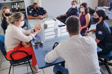 Comitiva do município de Brotas visita sede da Guarda Civil de RC