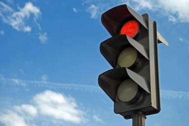 Mudança em semáforo deixa trânsito  mais ágil na Avenida 29 com a Rua 9