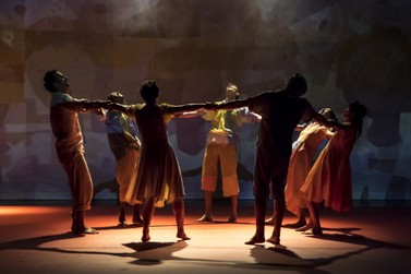 Peça infantil Por ti Portinari no Teatro Sesi Rio Claro