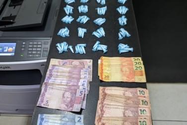 PM apreende dois adolescentes suspeitos de tráfico de drogas