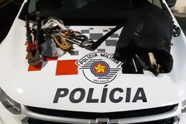 Três são presos após tentativa de furto a comércio no Centro