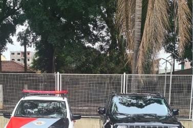 Três veículos são recuperados pela PM