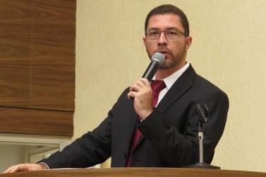 Dr. Fernando faz denúncia ao MP sobre estado da represinha D. Rosina